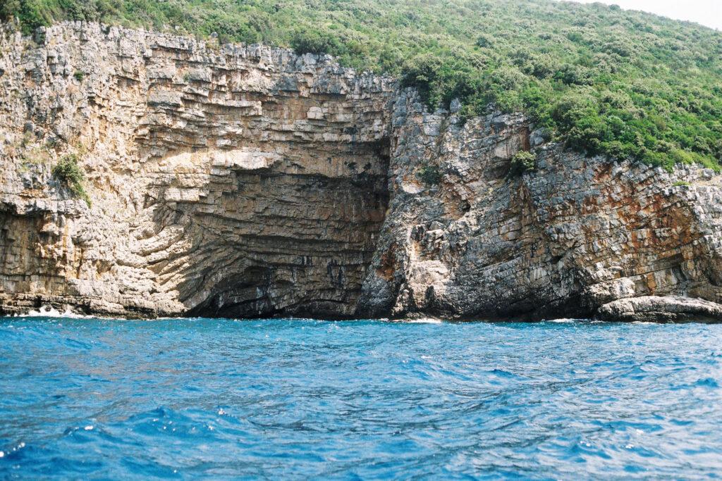 Látnivalók Montenegróban - Kék Barlang