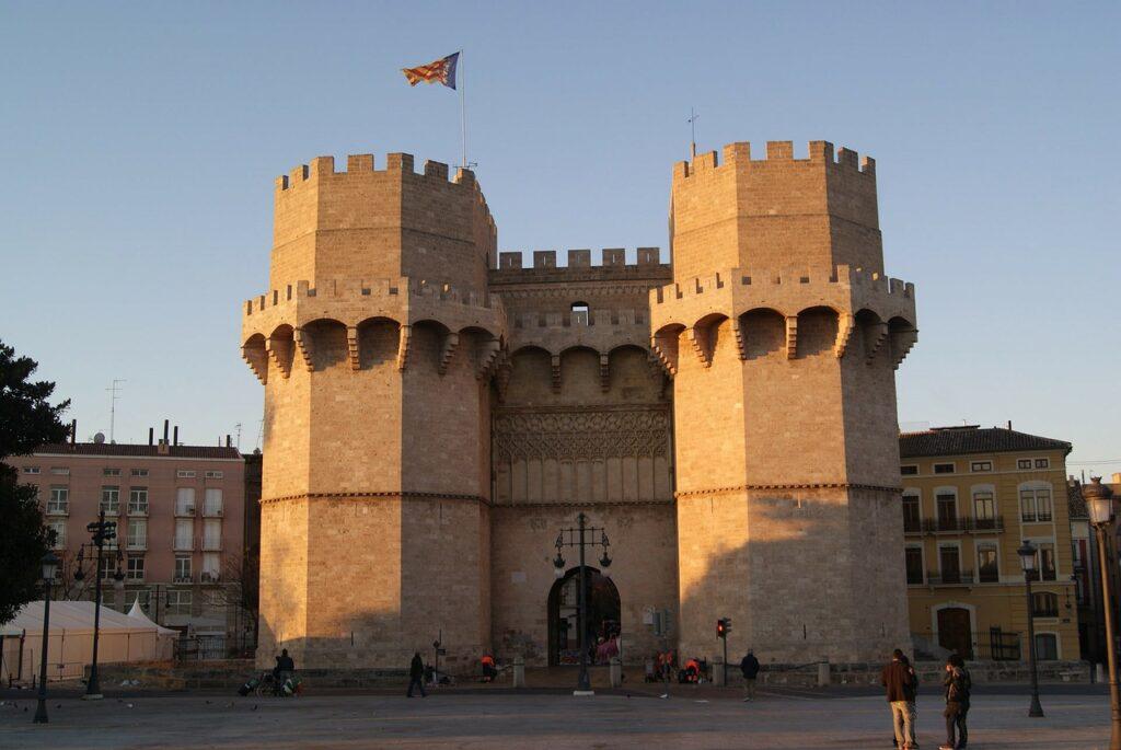Látnivalók Valencia: Torres de Serranos