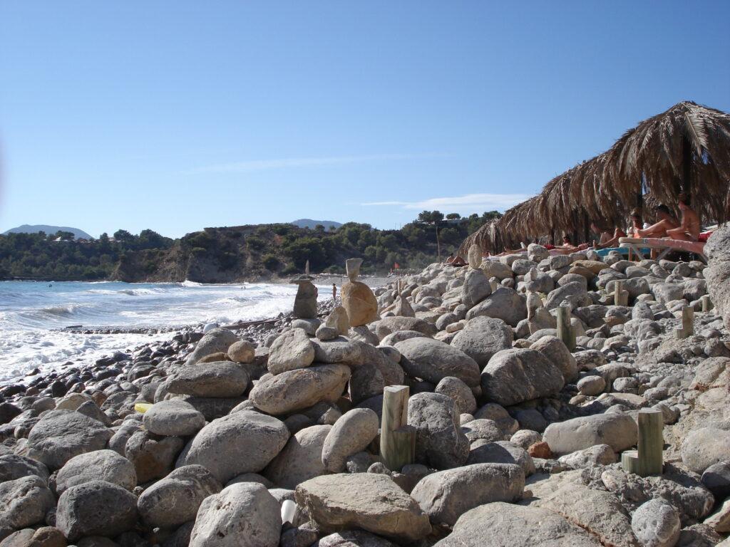 Ibiza látnivalók - Cala Jondal