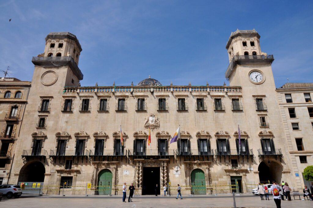 Alicante látnivalók: Városháza - Ayuntamiento
