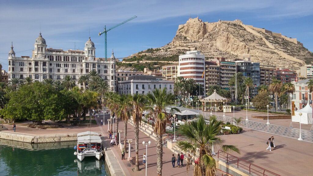 Alicante látnivalók: Castillo de Santa Bárbara