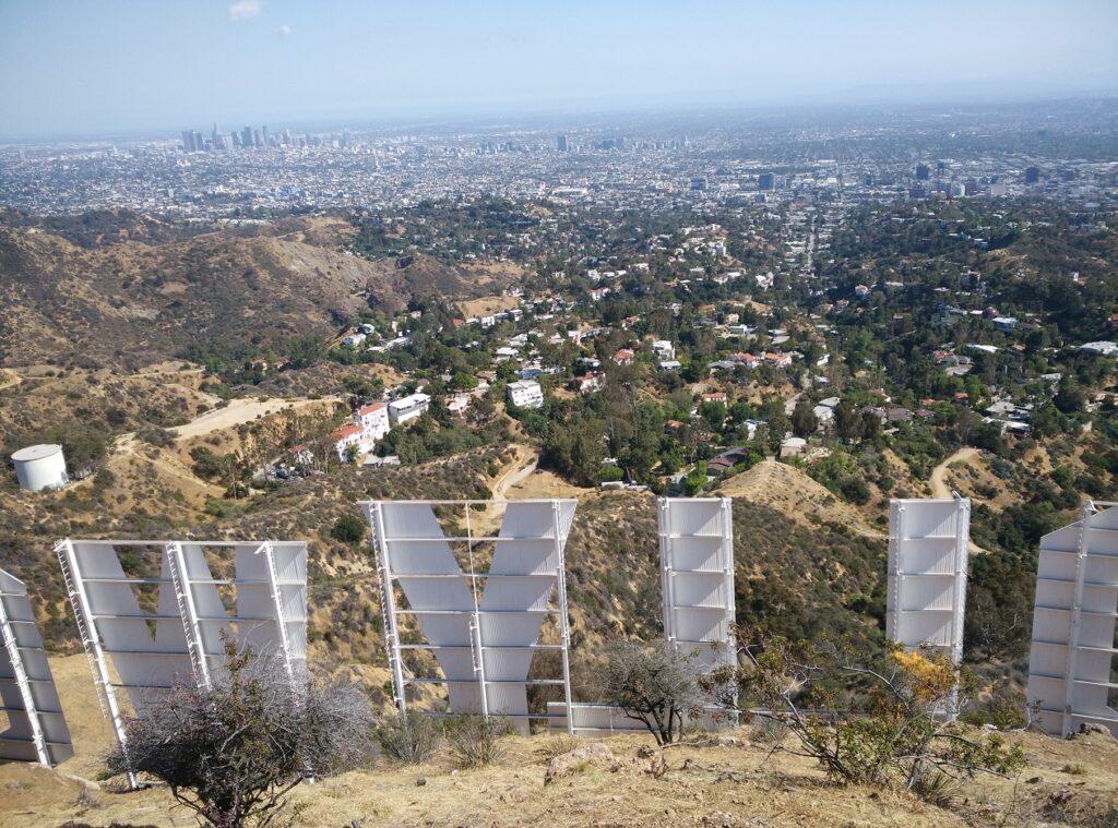 Hogyan lehet eljutni Hollywood felirathoz? - A felirat felülről